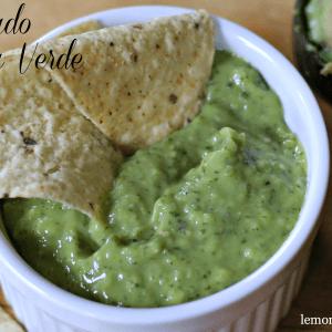 Avocado Salsa Verde www.lemonsforlulu.com