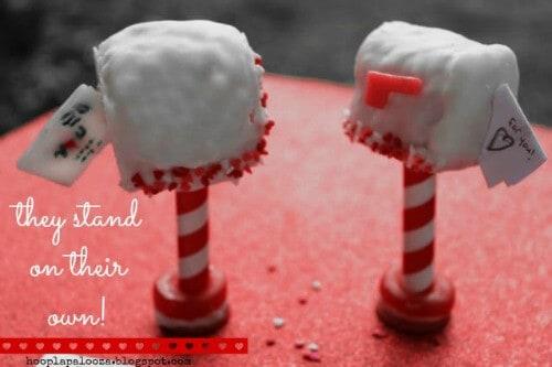 13-valentine-rice-krispie-mailboxes-stand-hooplapalooza