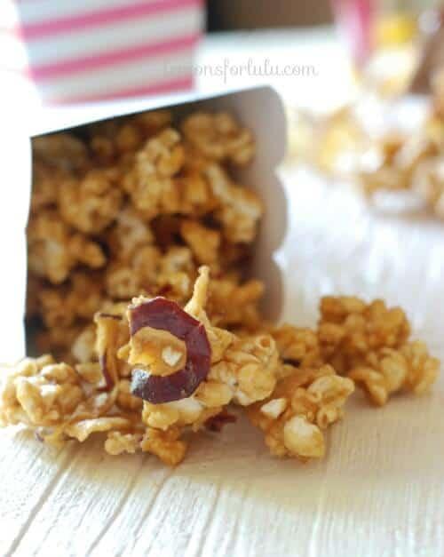 Popcorn mixed with creamy caramel and apple chips! www.lemonsforlulu.com