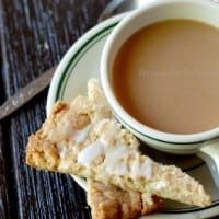 These cinnamon shortbread are perfect with coffee! The pumpkin spice drizzle makes them extra special. www.lemonsforlulu.com #shop