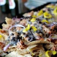 BBQ Chipotle Chicken Nachos www.lemonsforlulu.com