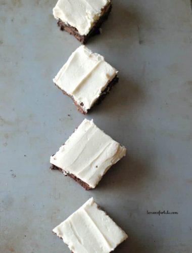 Rich chocolaty Irish Cream brownies with Irish Cream frosting. www.lemonsforlulu.com