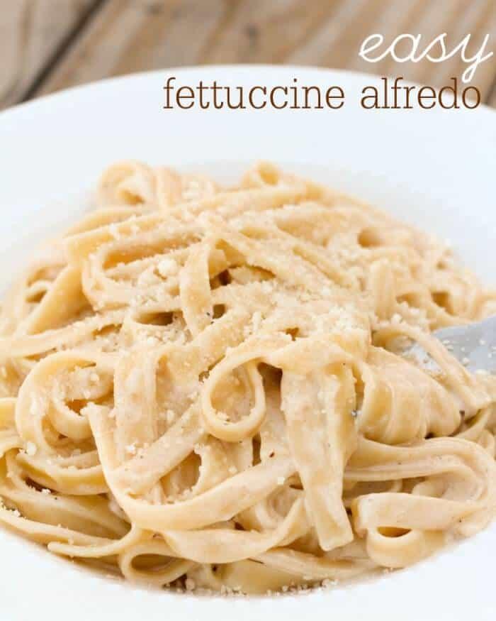 easy-fettucine-alfredo-via Lil Luna : Meal Plans Made Simple