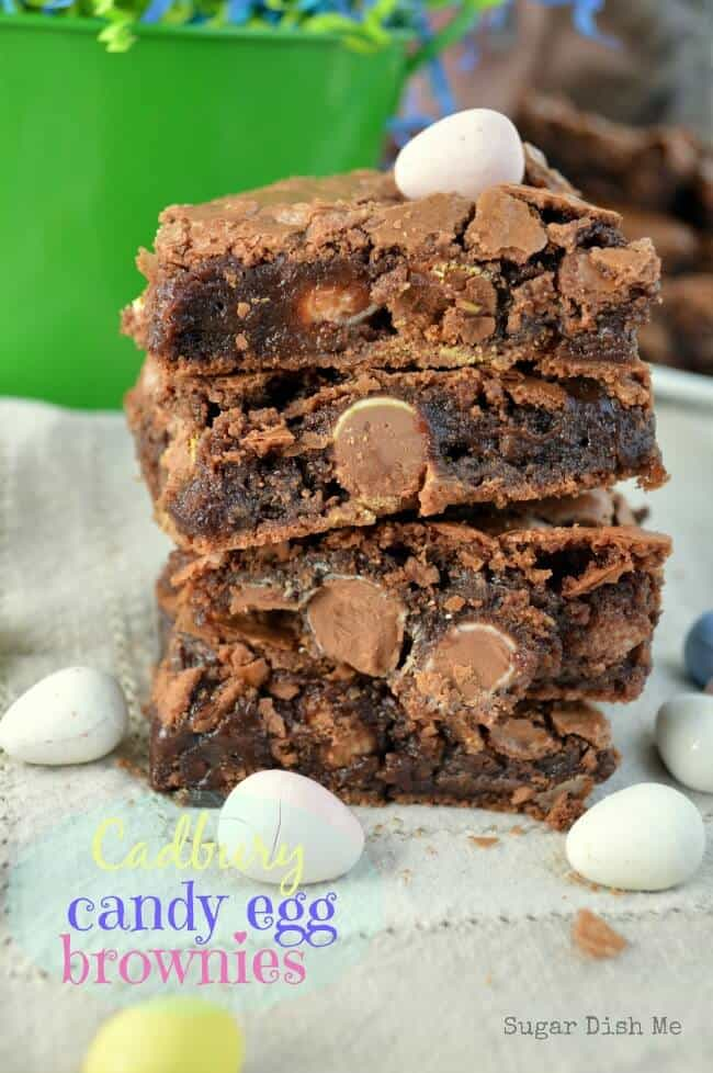 Cadbury Candy Egg Brownies via www.sugardishme.com