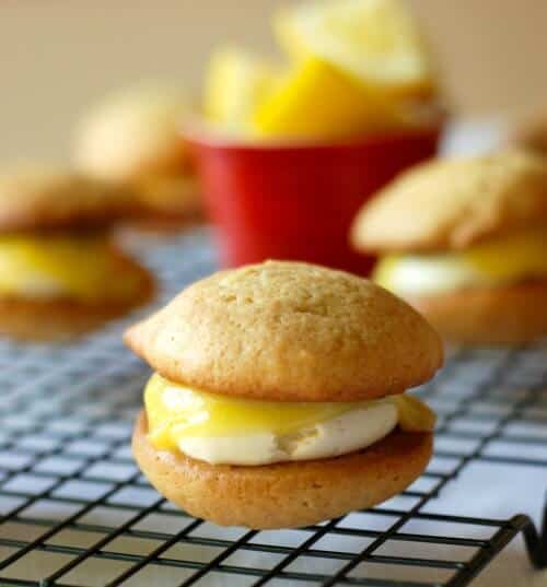 Lemon Meringue Whoopie Pies Pic 1