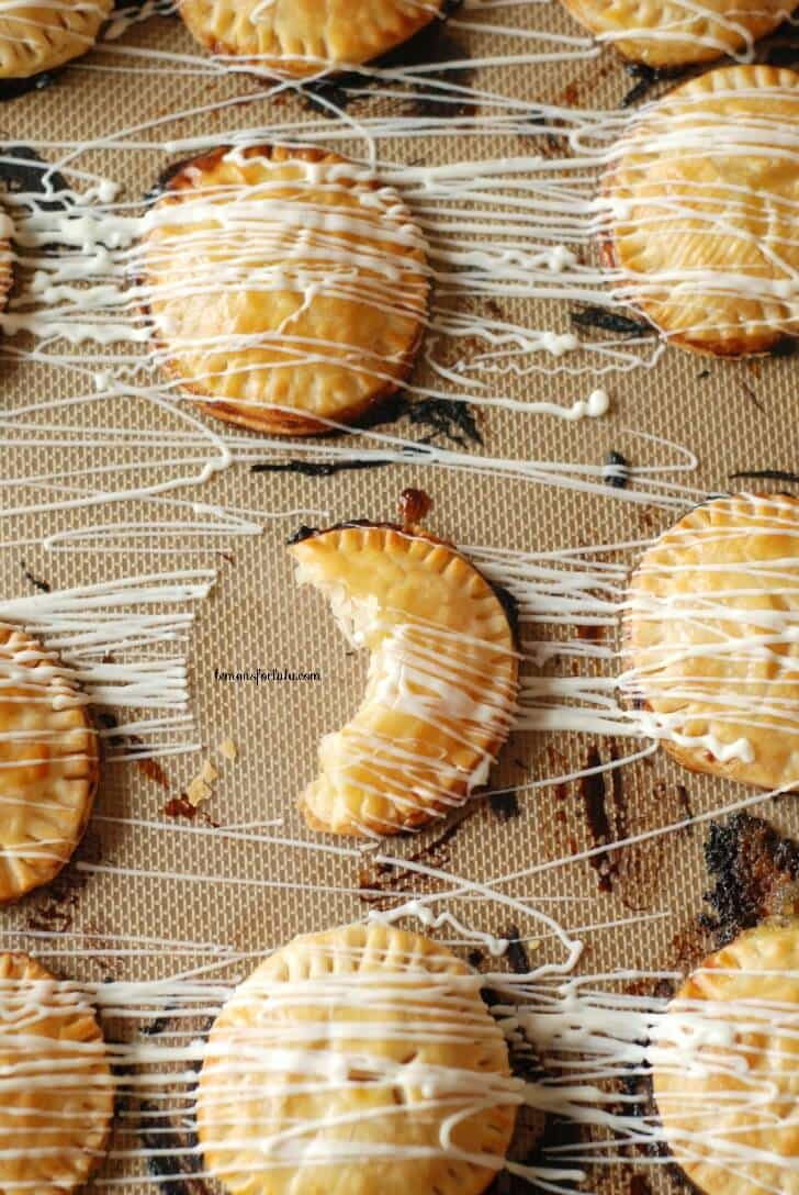 Mini Lemon Hand Pies |  lemonsforlulu.com