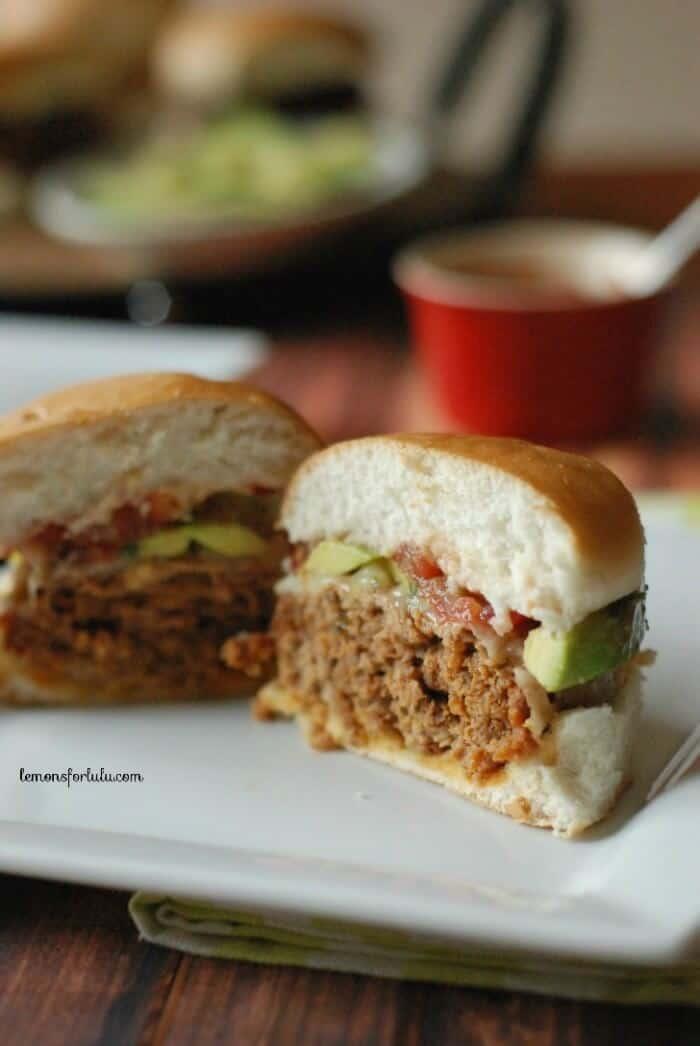 https://www.lemonsforlulu.com/wp-content/uploads/2014/06/Chorizo-Turkey-Burger-lemonsforlulu.com-1.jpg