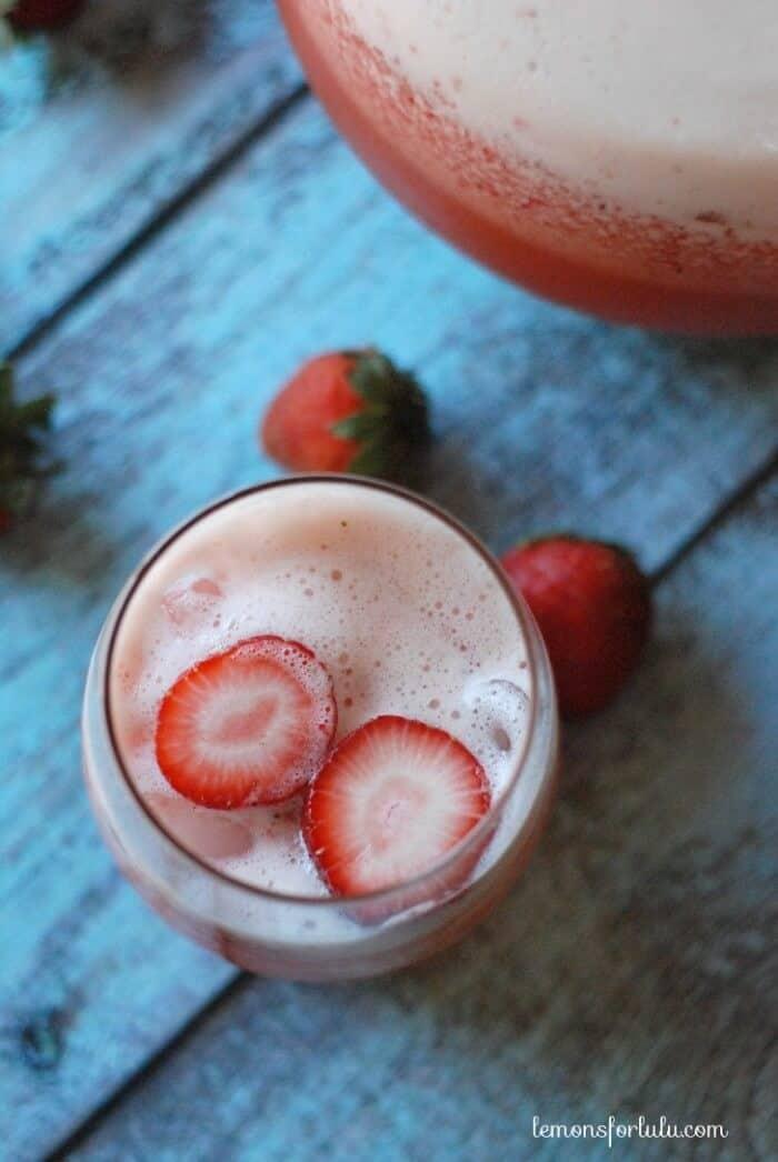 Iced tea simply blended with fresh strawberries and tart lemonade! www.lemonsforlulu.com
