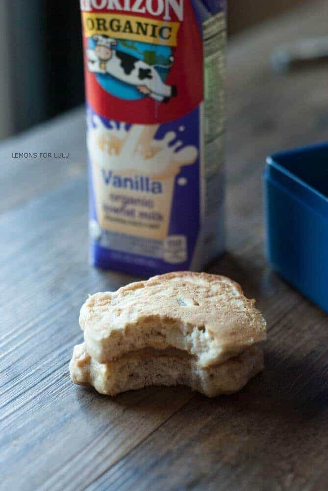 MIni Cinnamon Apple Pancakes make the perfect breakfast as well as a ...
