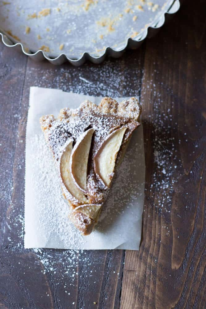 Easy Apple Tart | Lemonsforlulu.com