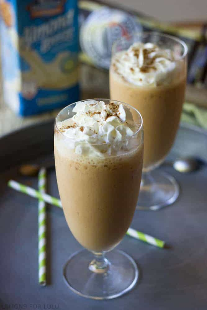 Pumpkin pie spice will wake up your morning routine!  Make this easy latte smoothie any time of the day for a little pick me up! www.lemonsforlulu.com