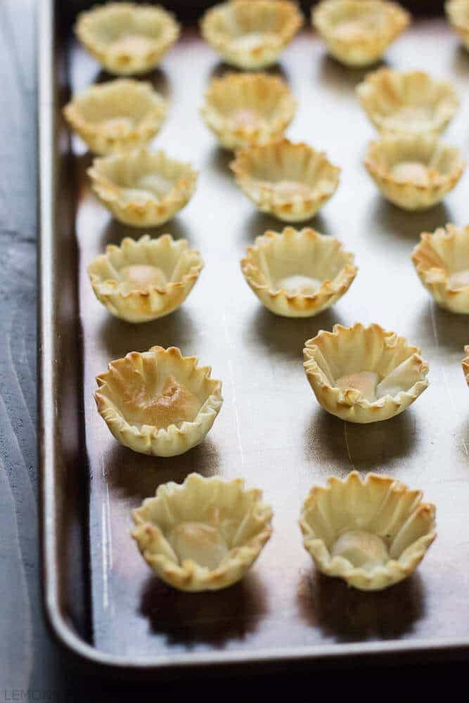 Bake Brie Caramelized Onion Cups