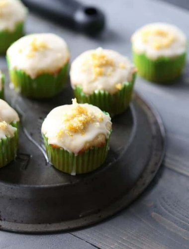 Cardamom Orange Muffins are bursting with fresh citrus taste! The cardamom keeps a subtle spice in the background, the orange glaze and the citrus sugar keep it sweet and refreshing! lemonsforlulu.com