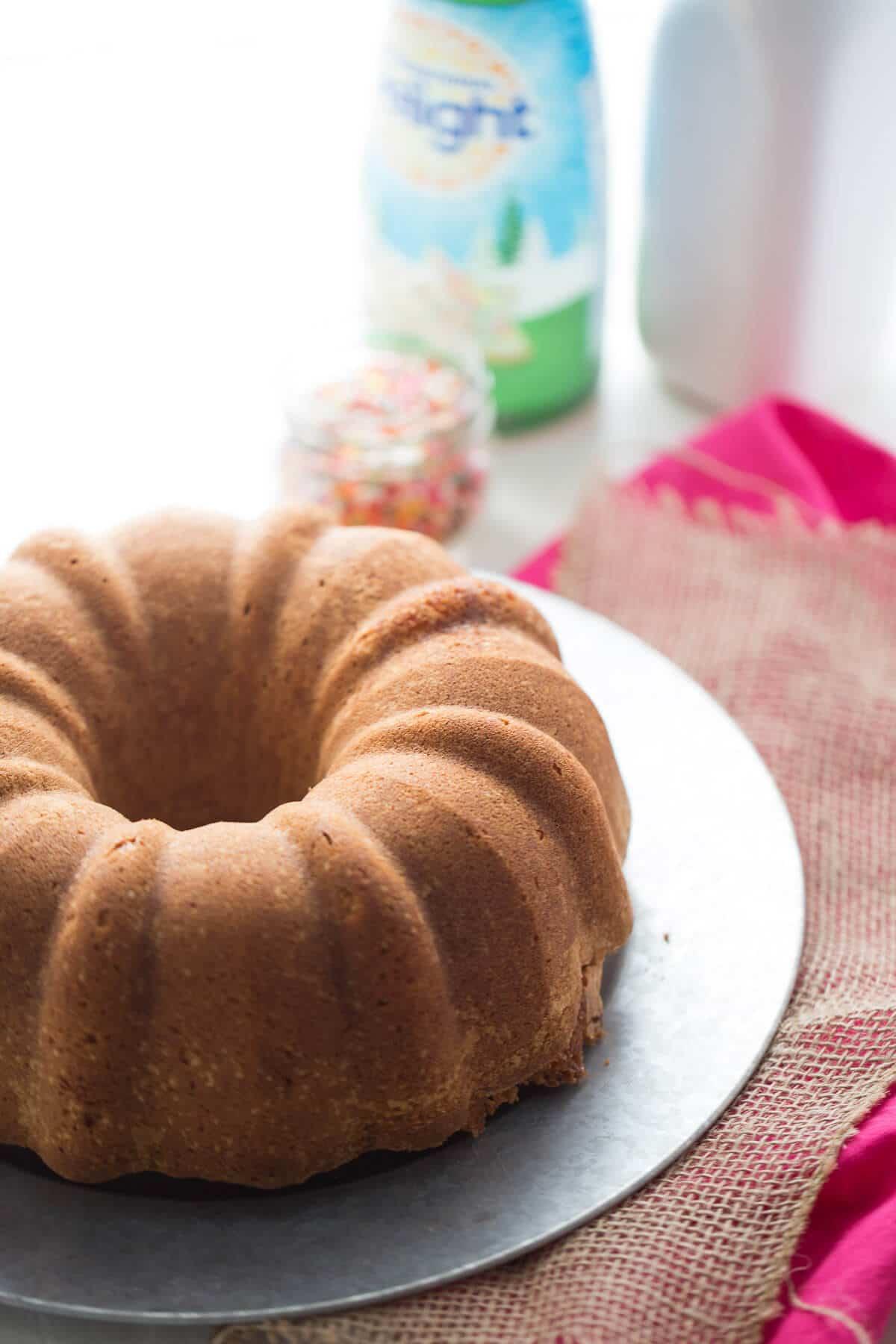 Crack Cake Bundt Cake