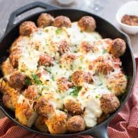 Easy Italian meatball bake for those busy nights. This meal takes only 5 minutes and 6 ingredients. Anyone can make this!