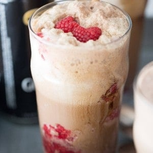 Guinness Stout, ice cream and raspberries make beer dessert!