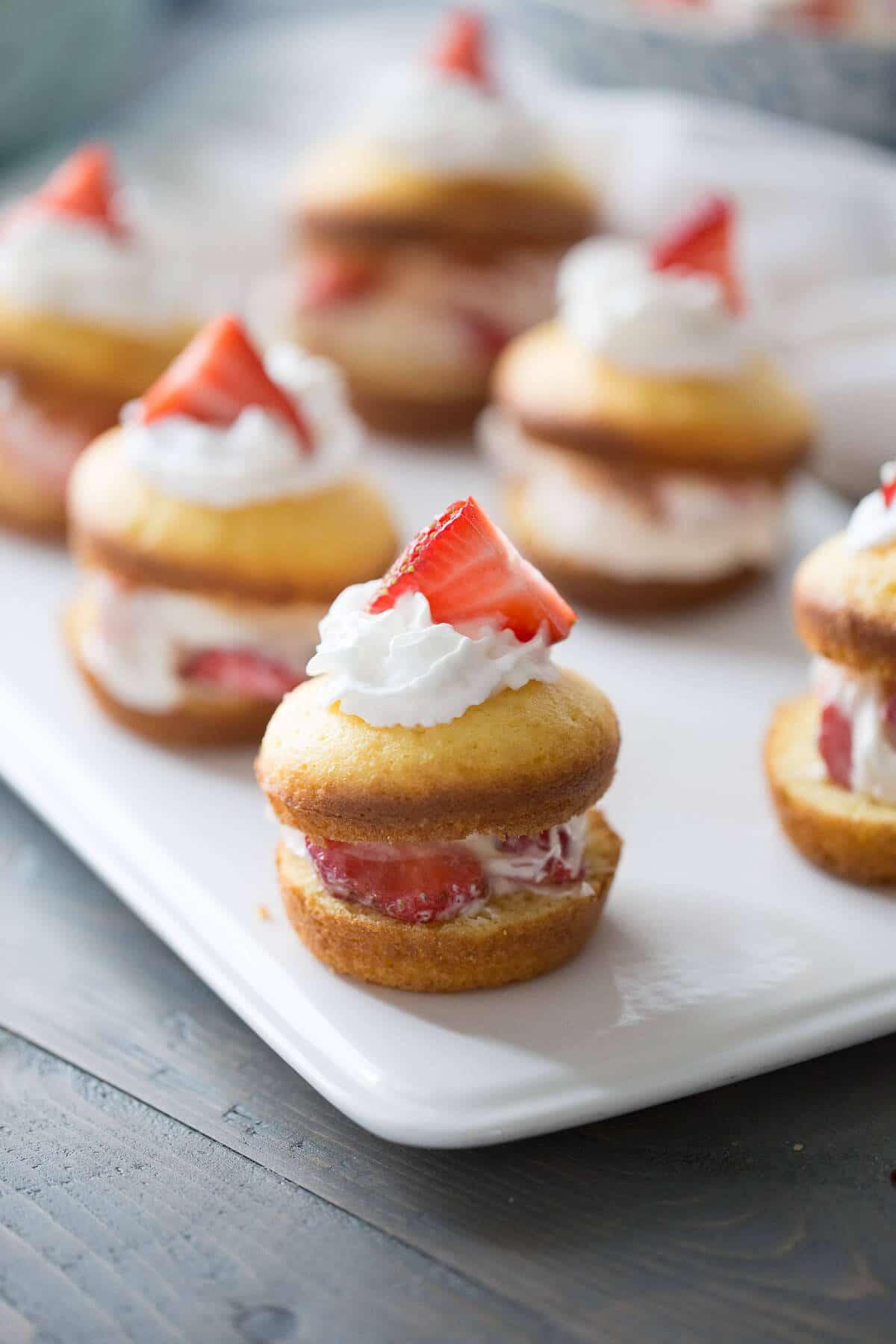 Easy Strawberry Shortcake Recipe Lemonsforlulu Com