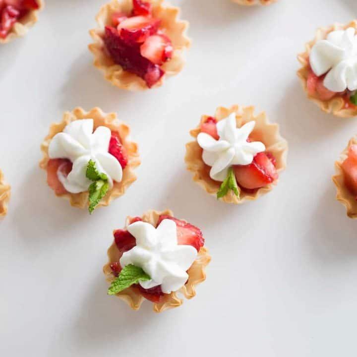Strawberries Romanoff Cups