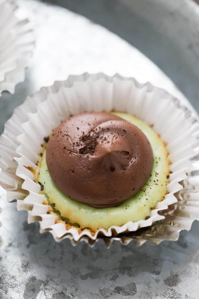 Mini cheesecakes with lots of mint flavor and rich fudge frosting!