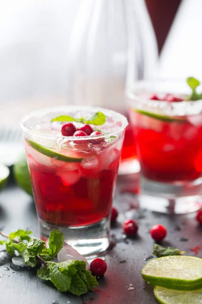 Want to brighten up the party? Serve up these cranberry this cranberry daiquiri !