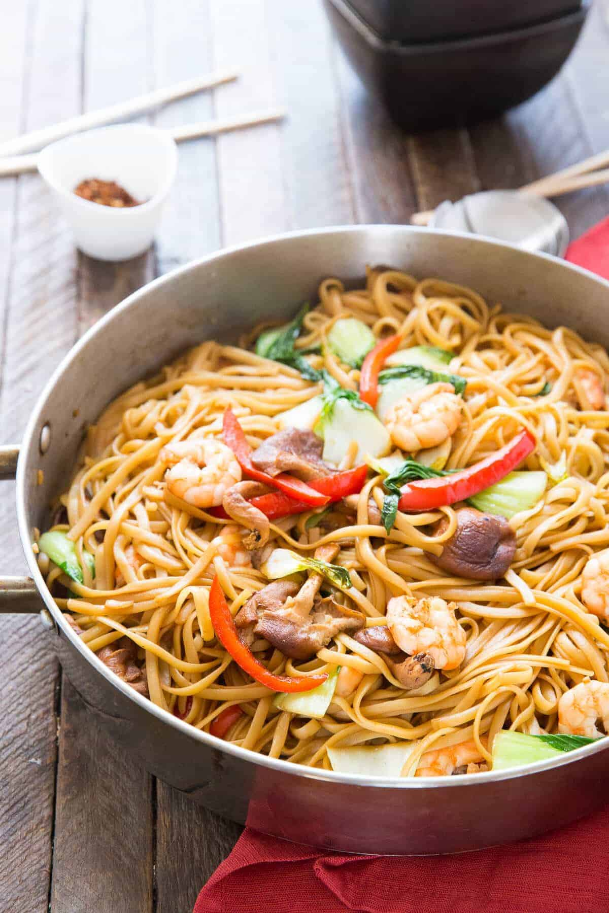 Shrimp Lo Mein {Lemons for Lulu}
