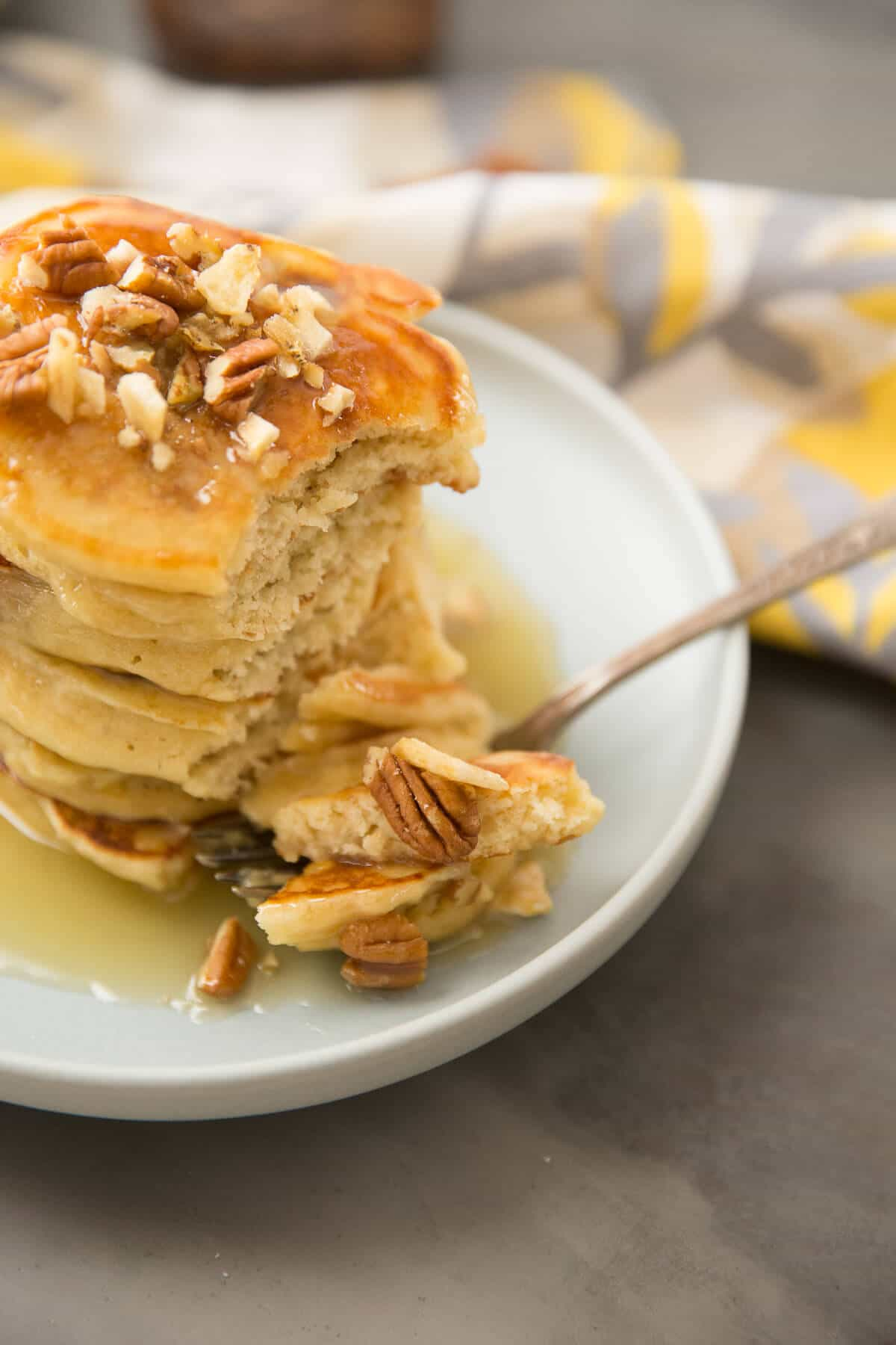 Banana's Foster Pancakes - LemonsforLulu.com