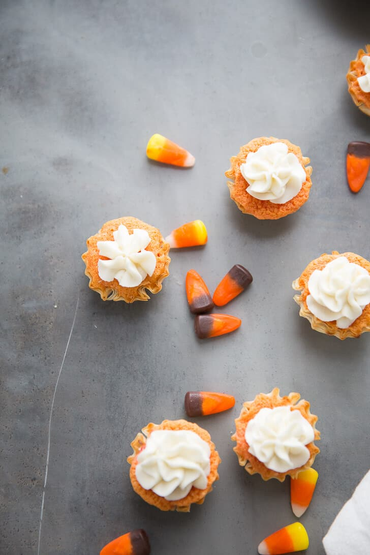 What better way to celebrate this fall season than with Candy Corn Mini Cakes! These cakes are sweet, bite-sized treats that will please kids and the kids at heart!
