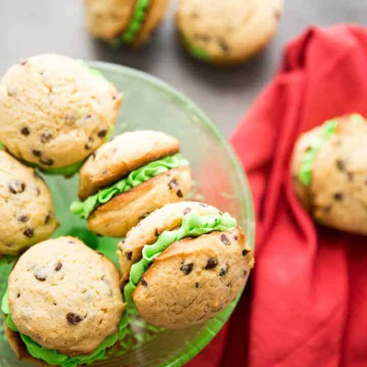 Mint Chocolate Chip Whoopie Pie Recipe