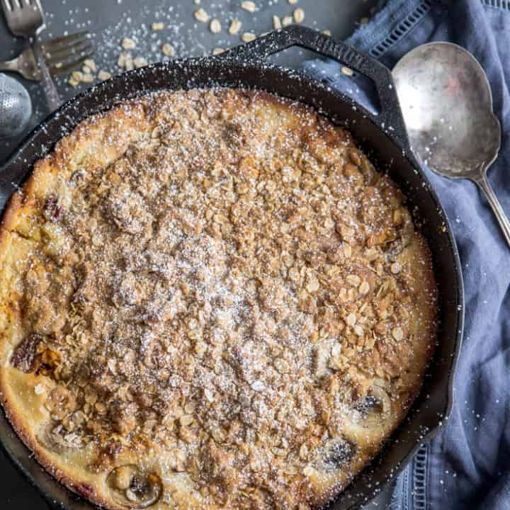 Simple Banana Bread Cobbler