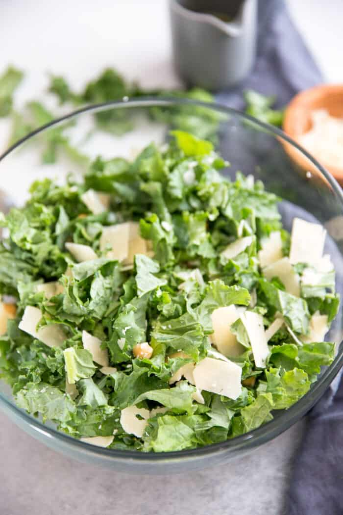 kale salad clear bowl