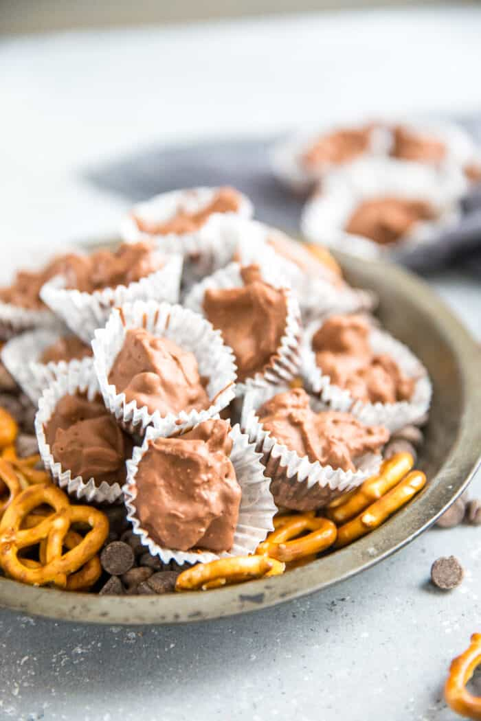 chocolate candy recipe with pretzels