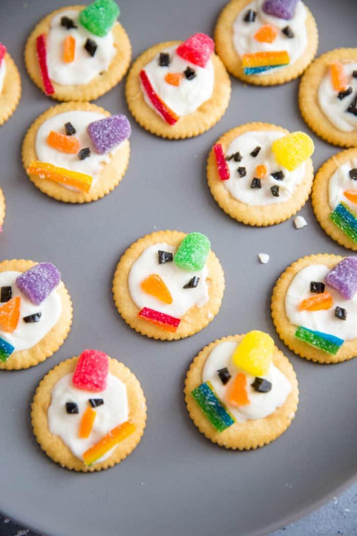 cracker snowmen on a great plate