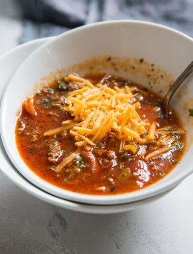 crockpot chili with cheese