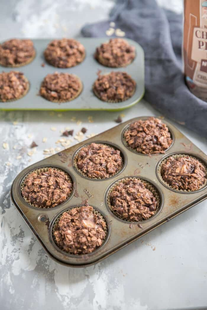 chocolate chip muffins 6 in a tin