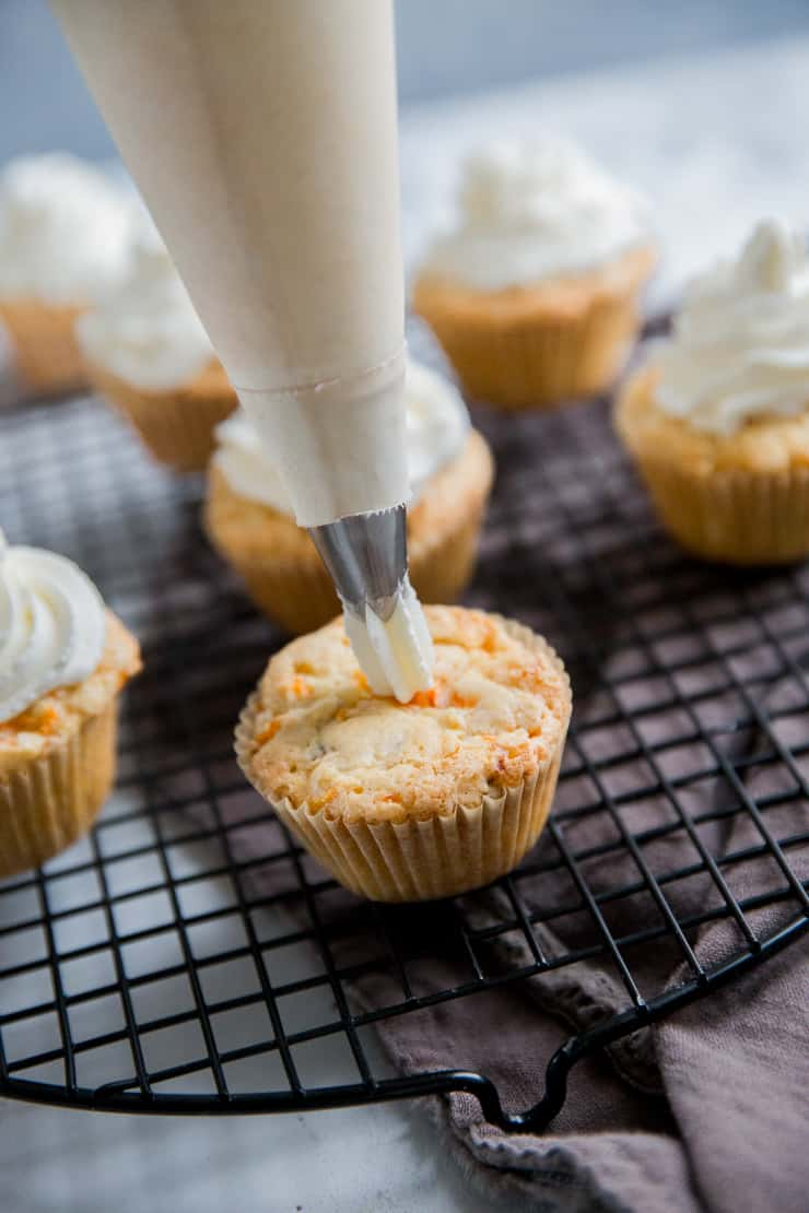 carrot cake cupcake piping frosting
